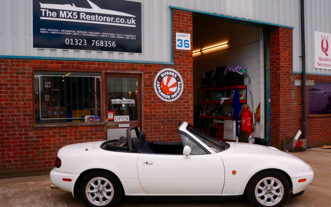 1993 Mk1 Mazda Mx5 Eunos Roadster 1 6 In White With Only 65 000 Miles Sussex Japanese Imports